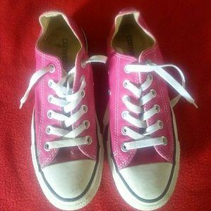 Pink Converse all stars